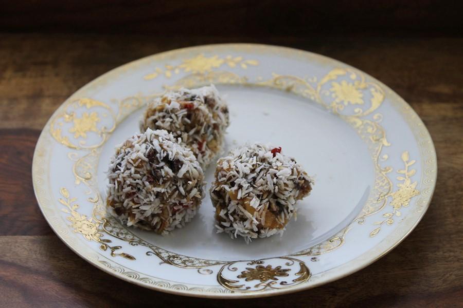 coconut peanut butter protein balls