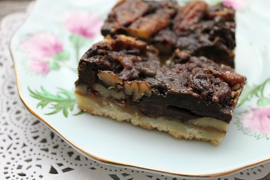 salted-caramel-chocolate-pecan-squares