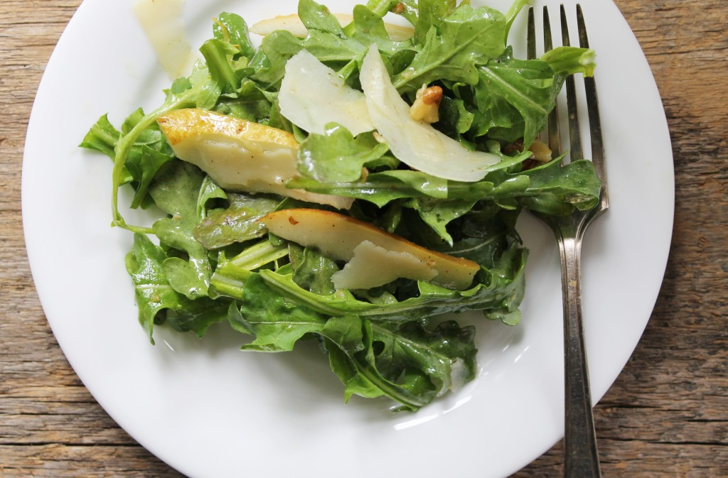 arugula pear walnut parmesean salad
